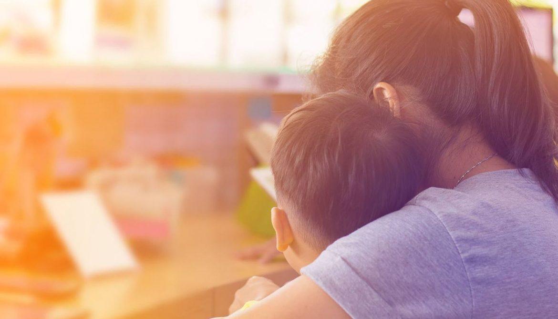 Yalnız Çocuk Büyüten Anneler