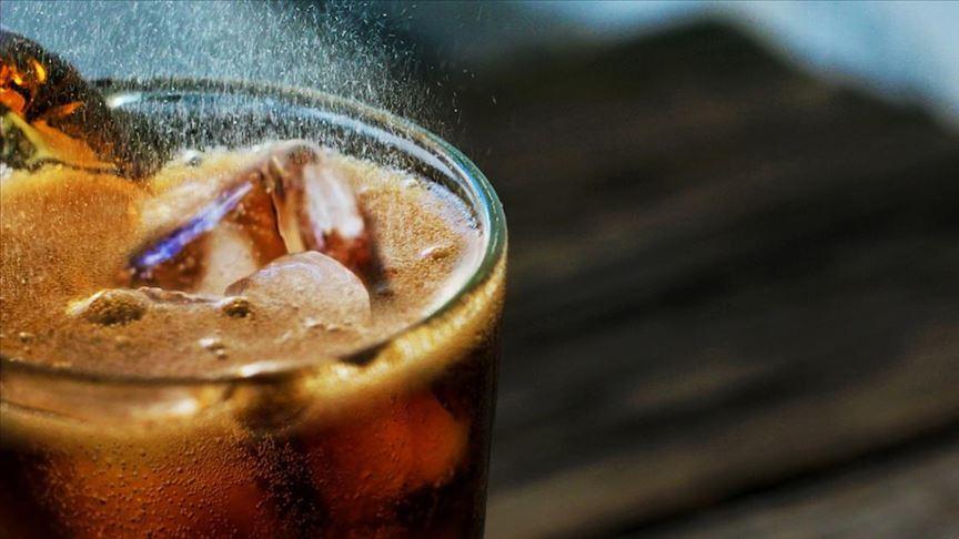 Erken ergenlikte sık tüketilen asitli içecekler agresif davranışlara neden olabilir